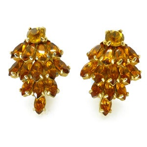 Image of Vintage 1950s Kramer For Christian Dior Amber Glass Layered Clip On Earrings