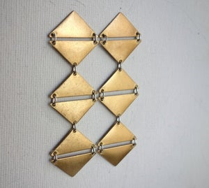 Image of Long Mirrored Triangle Dangles