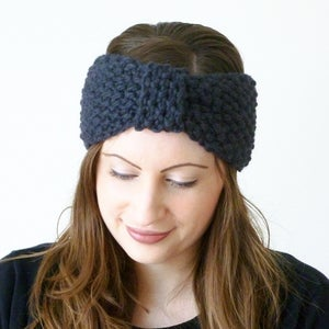 Image of Moss stitch knitted turban knot headband