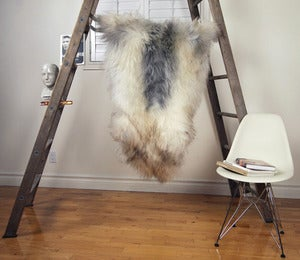 Image of Large Gray Sheepskin GR-276