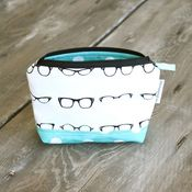 Image of zippered pouch - glasses