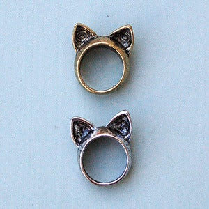 Image of Cat Ears Ring