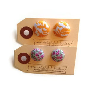 Image of Spring Button Earrings