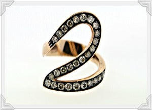 Image of WIDE SWIRL PATTERN RING