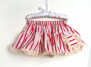 Image of Vintage Can Can Pocket Skirt in Red