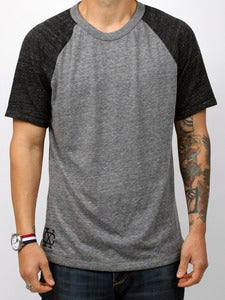 Image of AVENUE TEE (Grey/Black)
