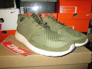 "Image of Roshe Run Woven ""Squadron Green/Birch"""