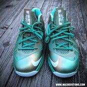 "Image of ""Lady Liberty"" Lebron X lows"