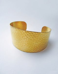 Image of Theia Hammered Brass Cuff