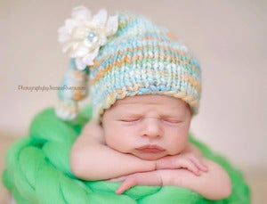 Image of Newborn sleepy cap w/ detachable flower RTS