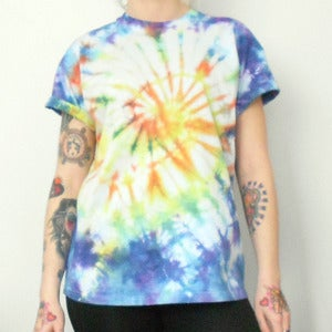 Image of Tie Die Galaxy Swirl T-Shirt Blue & Yellow