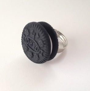 Image of Oreo Ring