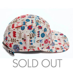 Image of MOUPIA Motifs 5 panel hat