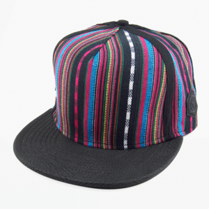 Image of Traditional Snapback [black]