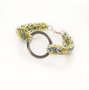Image of elenii Circular bracelet White/Blue/Yellow/Silver 