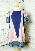 Image of Yumi Graphic Shift Dress