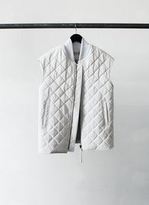 Image of OUTLANDERS vest (white)