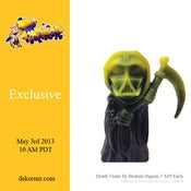 Image of Death Vader Resin Yellow & Black Marble Version - Broken Pigeon - De Korner Exclusive