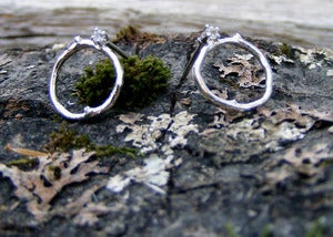 Image of Small Twig Circle Post Earrings w/ Stone