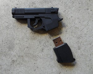 Image of Pistol USB 16GB 