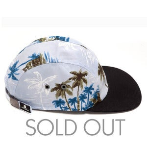 Image of MOUPIA Hawaiian Day 5 Panel Hat