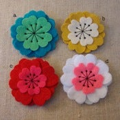 Image of medium flower brooch // bright colors