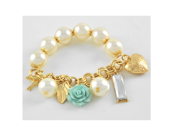 Image of Chunky Pearl Charm Bracelet
