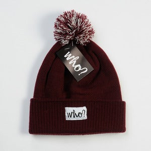 Image of MAROON BOBBLE HAT