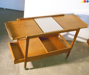 Image of TABLE DESSERTE SCANDINAVE EN TECK ANNÉES 60 - REF.1282