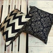 Image of Zig Zag Black & Gold Cushion Cover