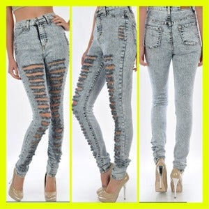 Image of STONE WASH HIGHWAIST JEANS