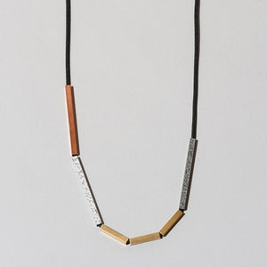 Image of Necklace No 9-06