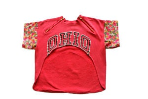 "Image of D.Fame Floral ""Ohio State"" Cropped Crewneck"