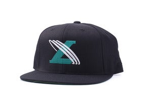 Image of Un-cross Snapback in Black