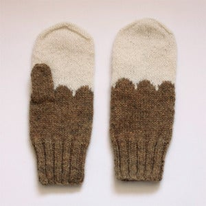 Image of Granliden Mittens: Juniper/Brown
