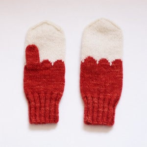 Image of Granliden Mittens: Madder/Red
