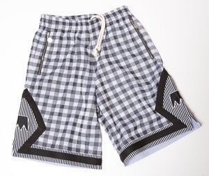 "Image of UNDRCRWN ""Gingham"" Shorts 