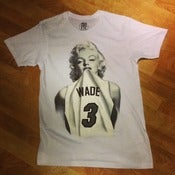 "Image of Mens ""WHITE HOT"" #1 Wade Fan Miami Heat Tee"