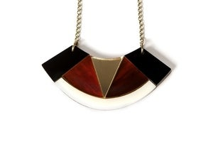 Image of Deco fan necklace – Tortoiseshell