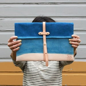 Image of The Indigo Clutch