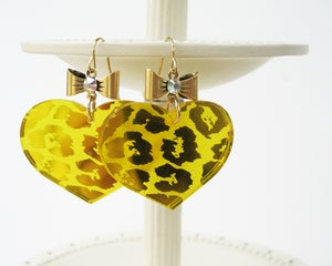 Image of Leopard Heart Earrings - Yellow
