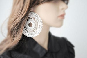 Image of spiro XL circle earrings