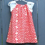 Image of The Raglan Shift Dress in garden gnomes