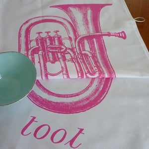 Image of Toot tea towel - candy pink