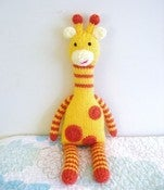 Image of Knit Giraffe Pattern