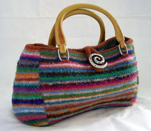 large selection of free knitting patterns for knit bags and purses ...