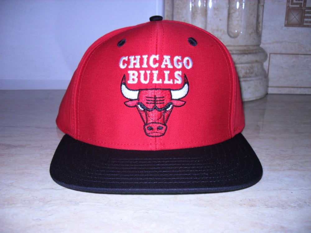 chicago bulls snapback tisa. VINTAGE CHICAGO BULLS SNAPBACK