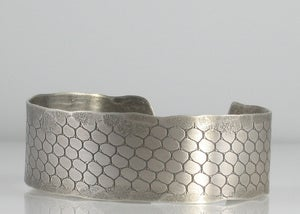 Image of Narrow Bubbles Cuff