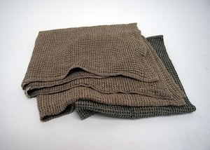 Image of Bubbel linen bath towel