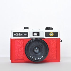 Image of Holga 135 BC Camera (Red & White)